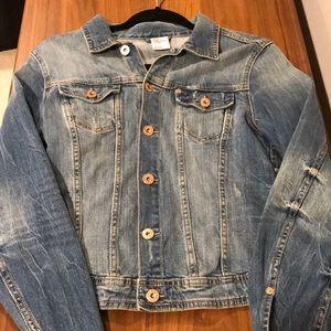 Super cute H&M denim Jean jacket size 10 or Med